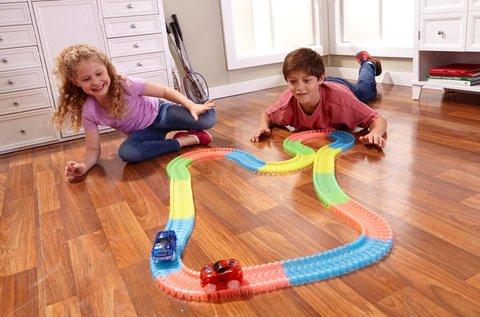 Magic Race autópálya 1 db LED-es kisautóval