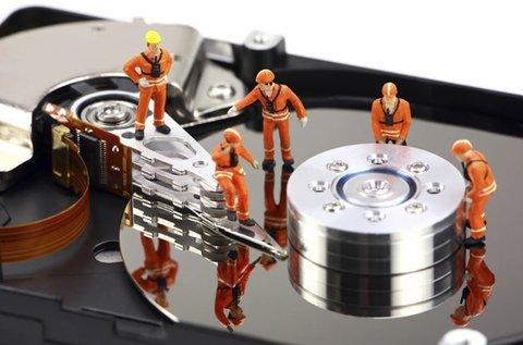 Adatmentés tönkrement adathordozóról