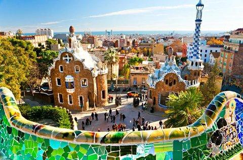 3 vagy 4 napos látogatás Barcelonában repülővel
