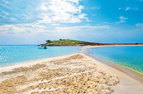 Nyaralás Ciprus fehérhomokos partján