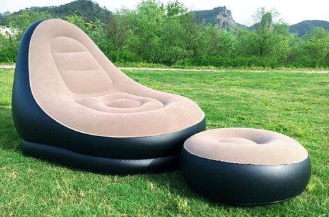 Felfújható fotel lábtartóval, 120 kg-os teherbírással