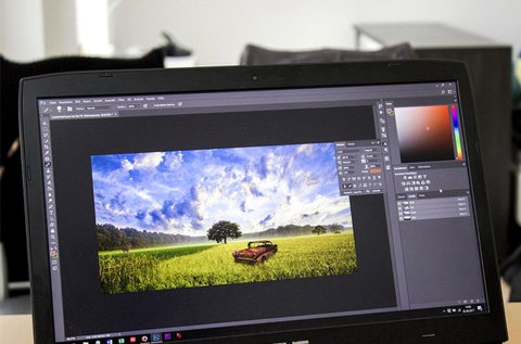 12 hónapos Adobe Photoshop online tanfolyam