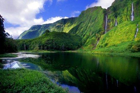 6 napos vakáció az Azori-szigeteken repülővel