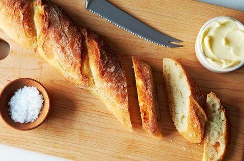 Franciafőzőest ételfogyasztással
