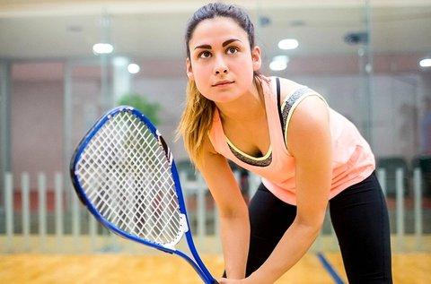 1 óra squash játék akár több főnek is