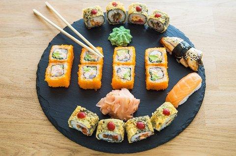 26 db maki szett sushi válogatás