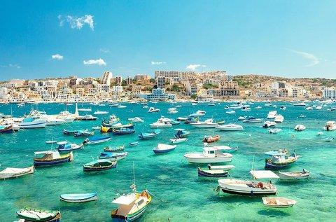 Hosszú hétvége a Földközi-tengernél, Máltán