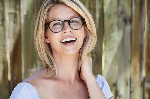 Szemüvegkészítés Essilor lencsével