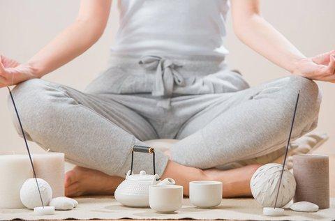 1 alkalmas egyéni aromaterápiás jóga