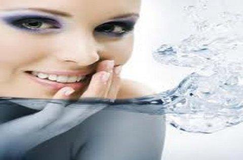 Mélyrétegi bőrhidratálás mezoterápiával