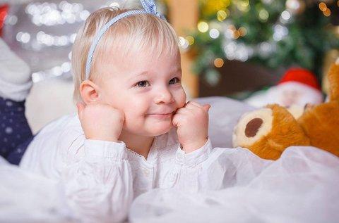 Ünnepi baba és gyermek fotózás műteremben