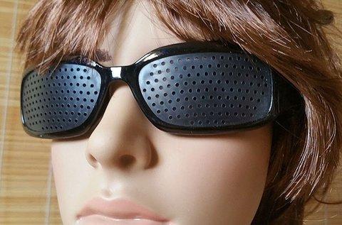 Látásjavító szemtréner raszterszemüveg