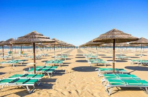 8 napos tengerparti nyaralás Riminiben repülővel