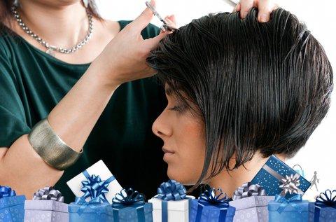Új frizura készítése mosással és vágással