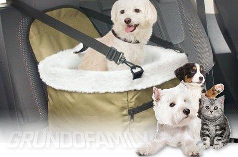 Autós biztonsági ülés kistestű kutyáknak