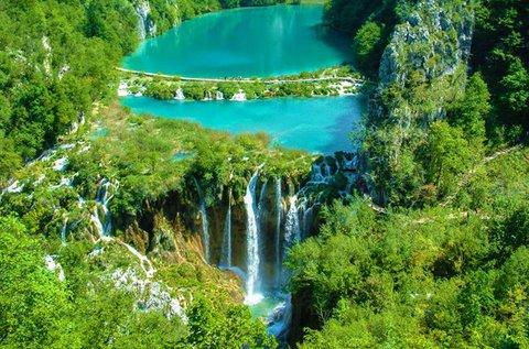 Kirándulás lenyűgöző szépségű Plitvicei-tavakhoz