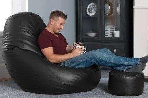 XXL-es méretű gamer fotel és puff