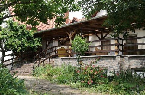 Balaton-felvidéki lazítás a családdal tavasszal