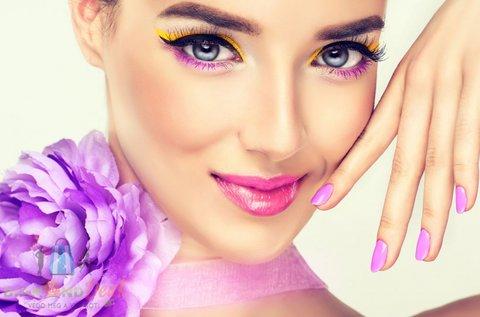 Ragyogó arcbőr és pompás körmök gyógypedikűrrel