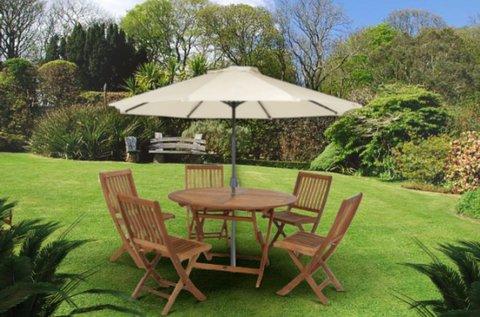 Extra méretű napernyő a perzselő napsugarak ellen