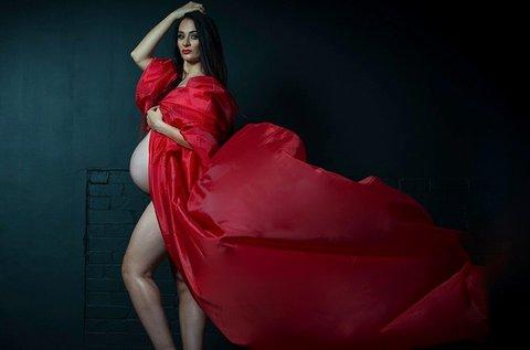 Kismama vagy glamour, boudoir fotózás stúdióban